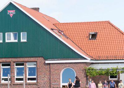 Außenansicht des Jugendhauses Quellerdünen